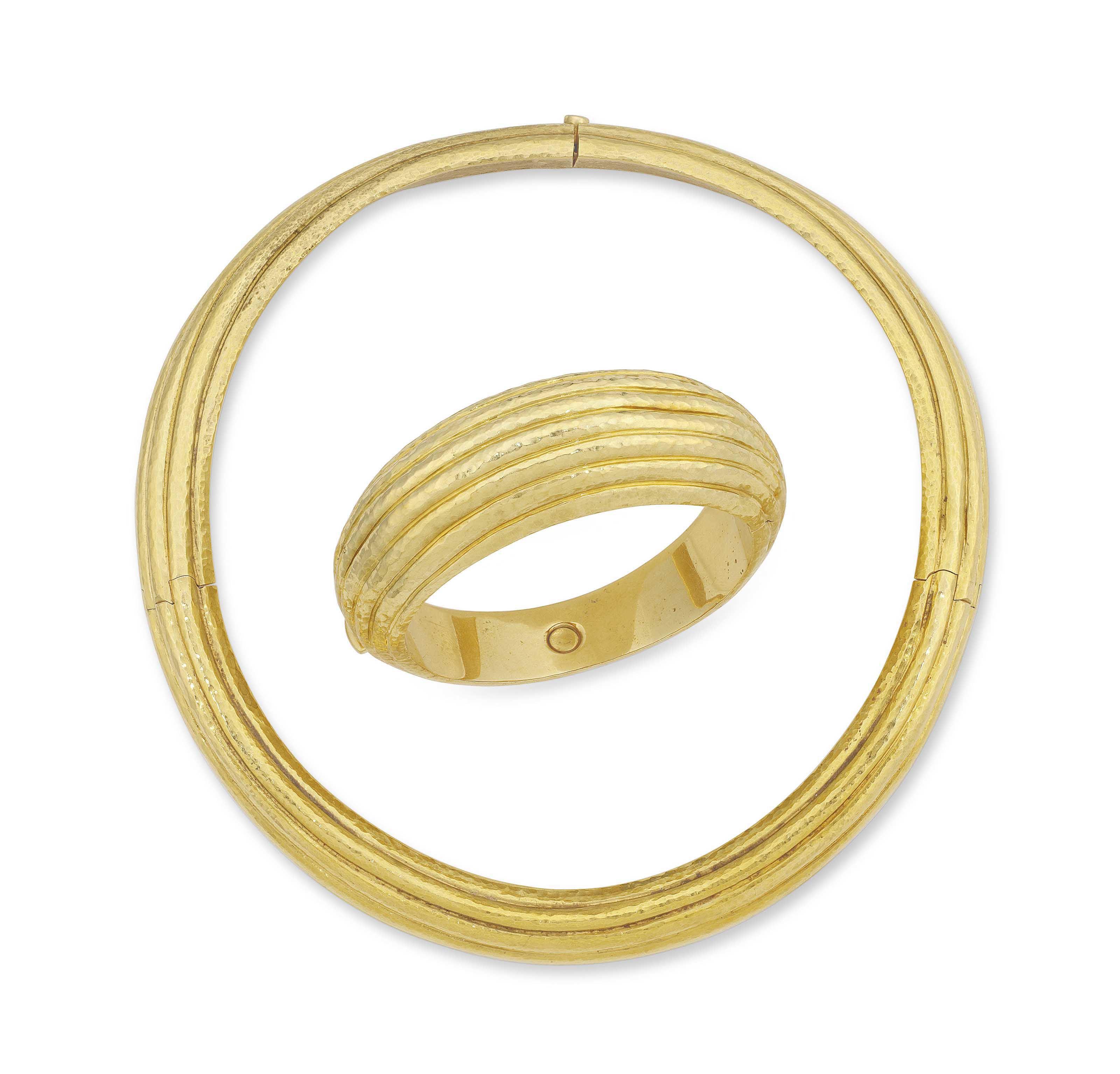 A NECKLACE AND BANGLE, BY ANDR