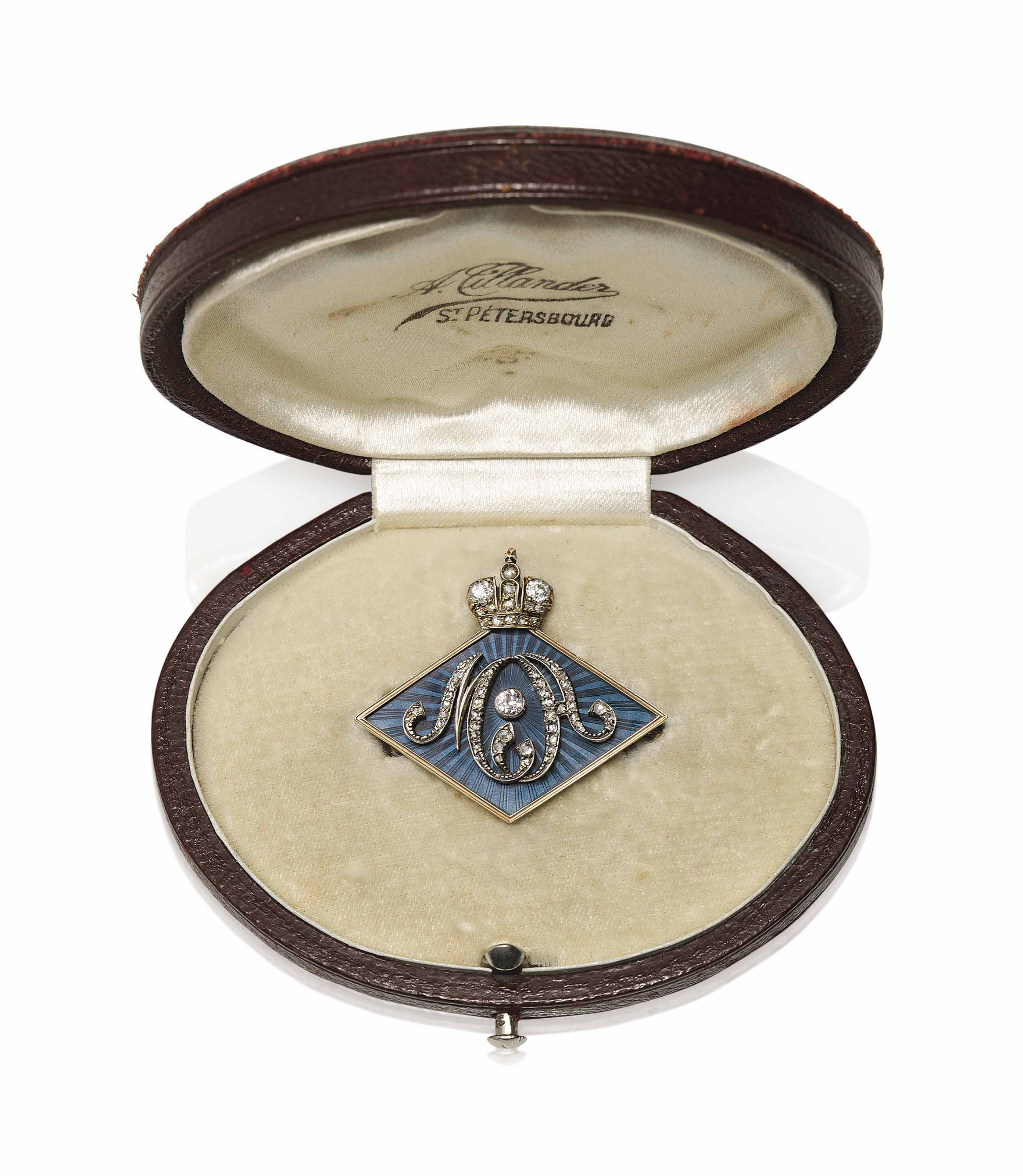 A JEWELLED GUILLOCHÉ ENAMEL AND GOLD-MOUNTED SILVER IMPERIAL PRESENTATION BROOCH