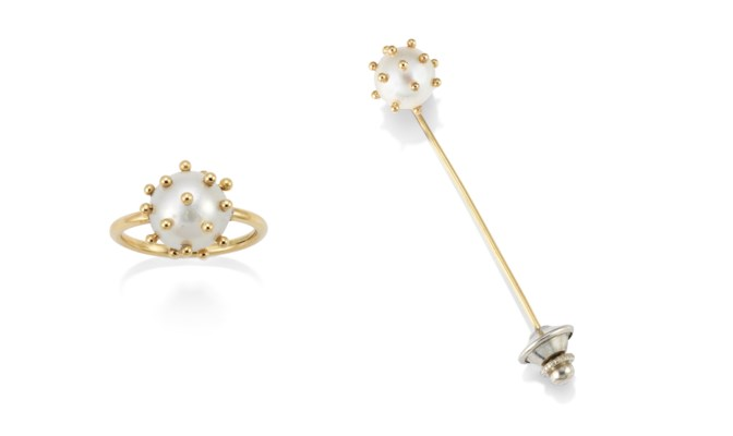 A CULTURED PEARL RING AND STIC