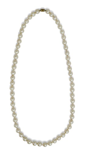 A SIMULATED PEARL NECKLACE