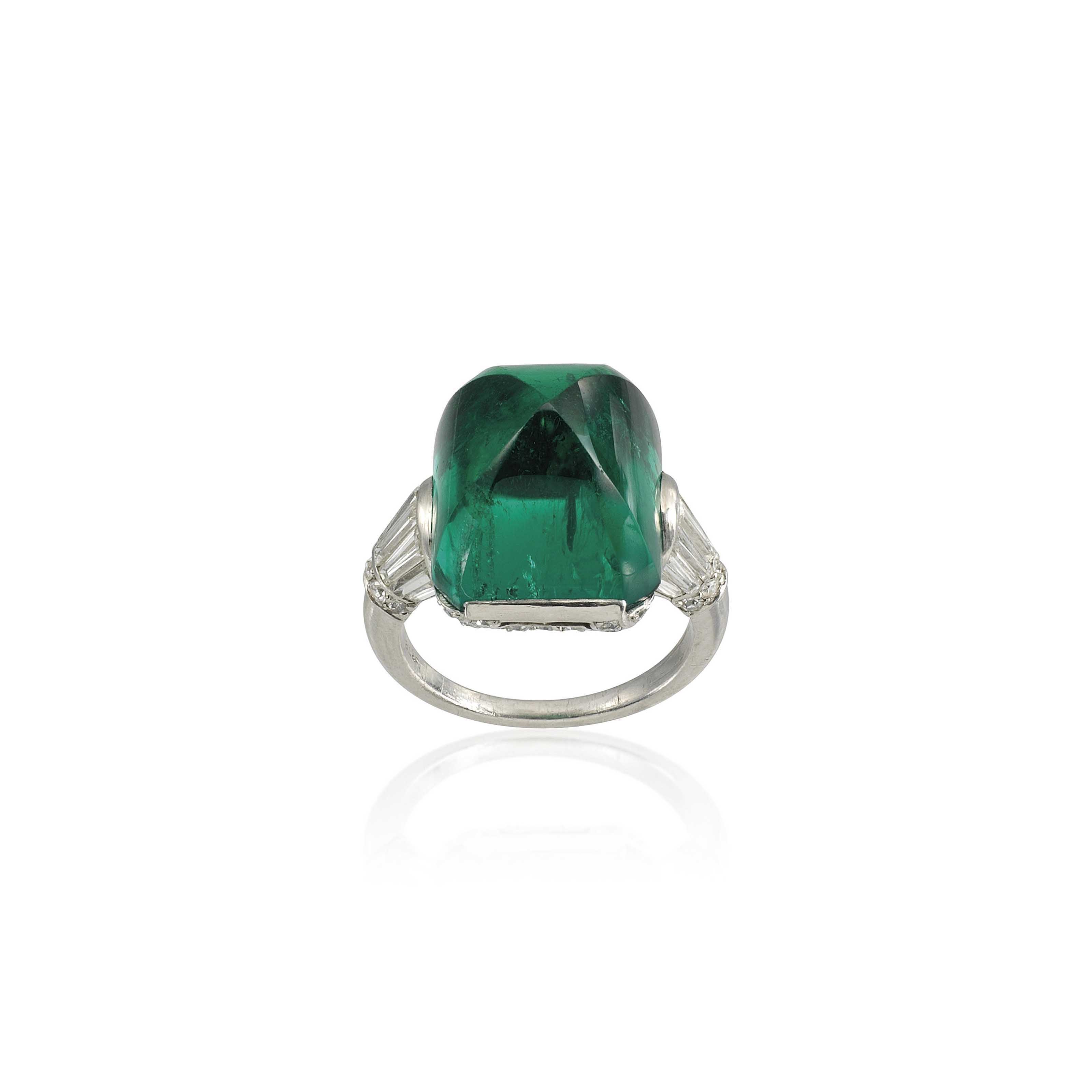 AN IMPORTANT ART DÉCO EMERALD AND DIAMOND RING, BY BLACK, STARR & FROST