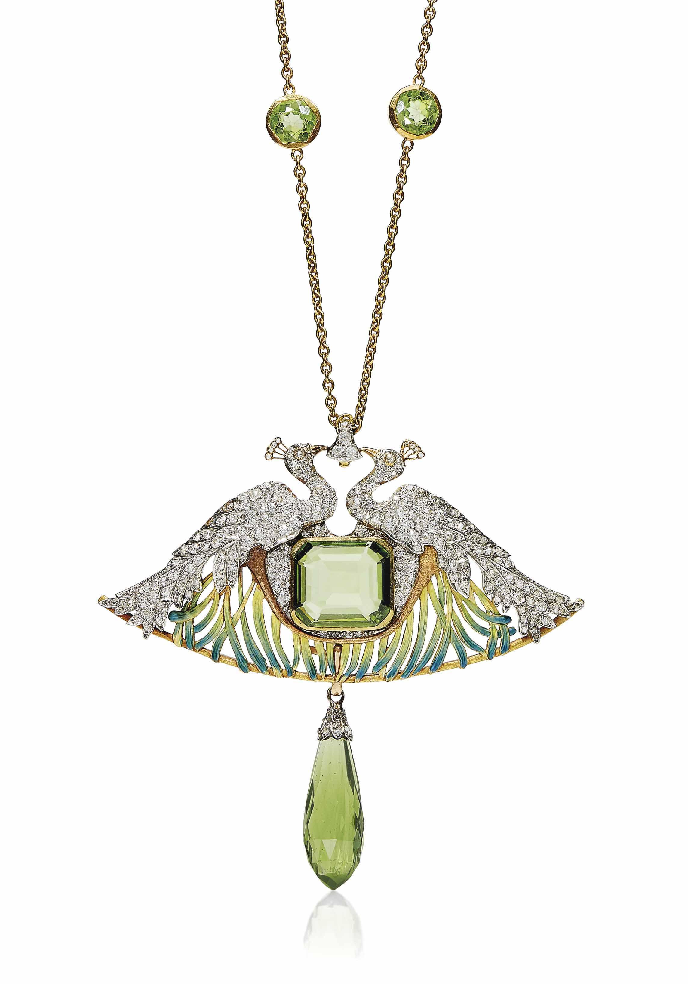 AN ART NOUVEAU PERIDOT, DIAMOND, ENAMEL AND GLASS PENDENT NECKLACE, BY RENÉ LALIQUE