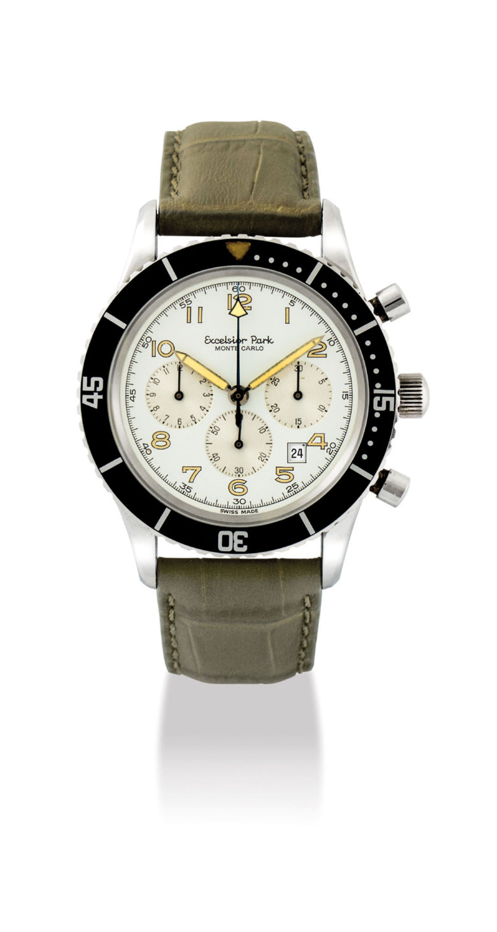 EXCELSIOR PARK. A STAINLESS STEEL CHRONOGRAPH WRISTWATCH WITH DATE