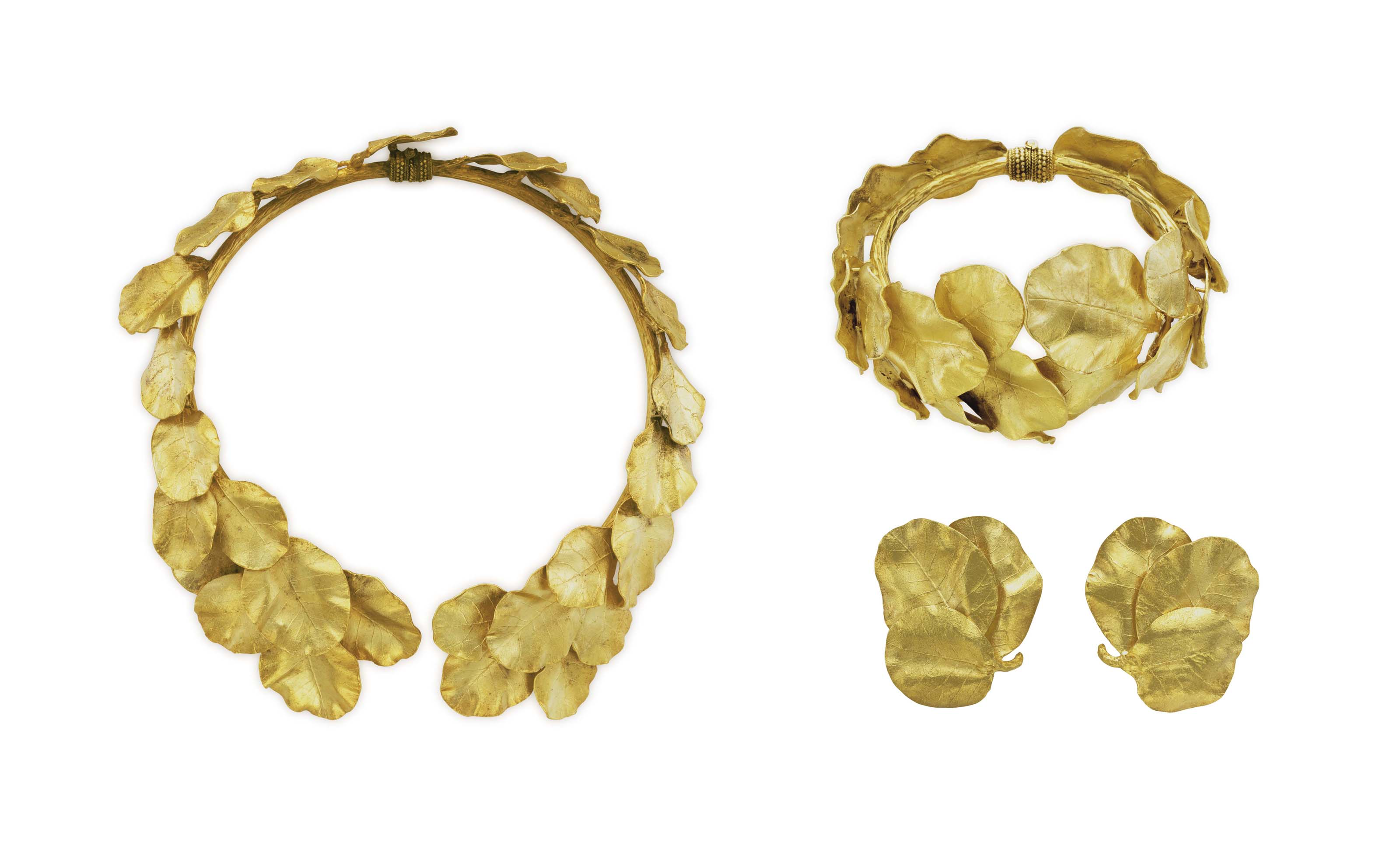 A SUITE OF GOLD JEWELRY, BY ZOLOTAS