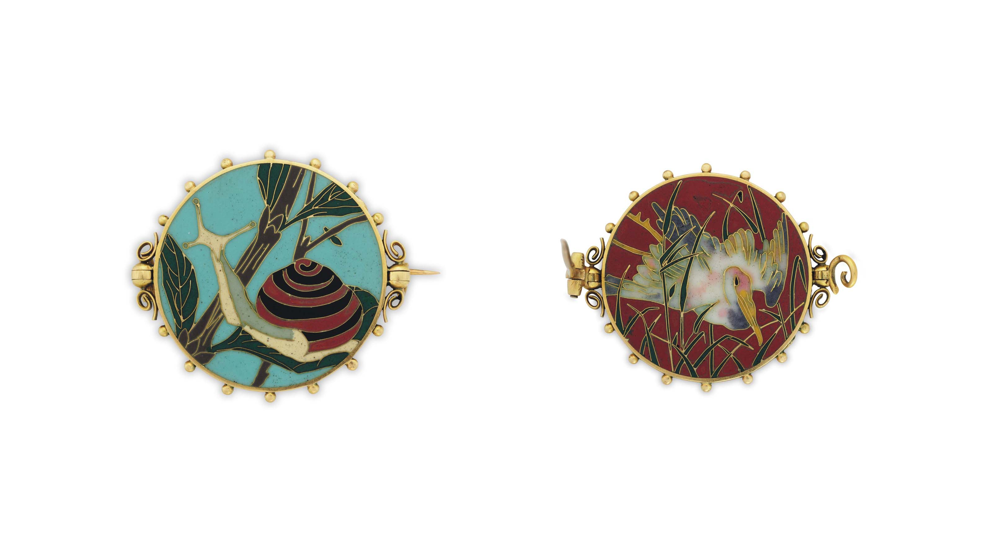AN ANTIQUE REVERSIBLE ENAMEL BROOCH, BY ALEXIS FALIZE