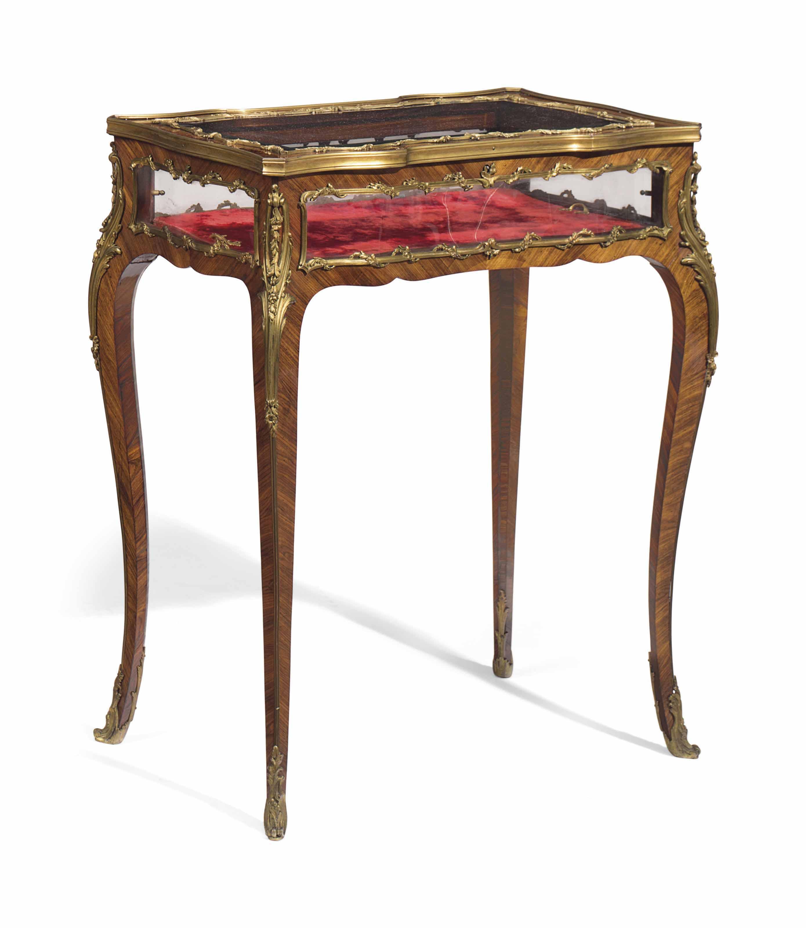 A FRENCH ORMOLU-MOUNTED KINGWOOD VITRINE-TABLE