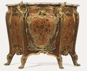 A FINE AND LARGE FRENCH ORMOLU-MOUNTED KINGWOOD, BOIS SATINÉ