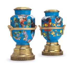 A PAIR OF GILT-METAL MOUNTED PARIS PORCELAIN TURQUOISE-GROUND LAMPS, MOUNTED AS