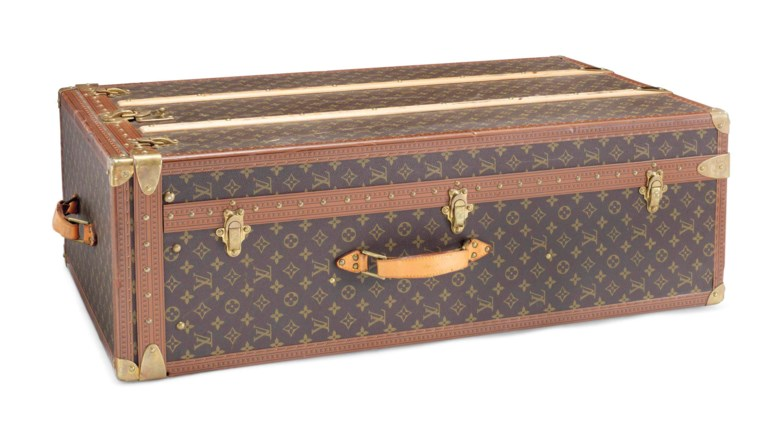 A classic monogram wardrobe Trunkin canvas with gold-plated hardware. Louis Vuitton, 20th century. 54 x 92 x 28  cm. This lot was offered in Sacs & Accessoires on 12 December 2017  at Christie's in Paris and sold for €9,375