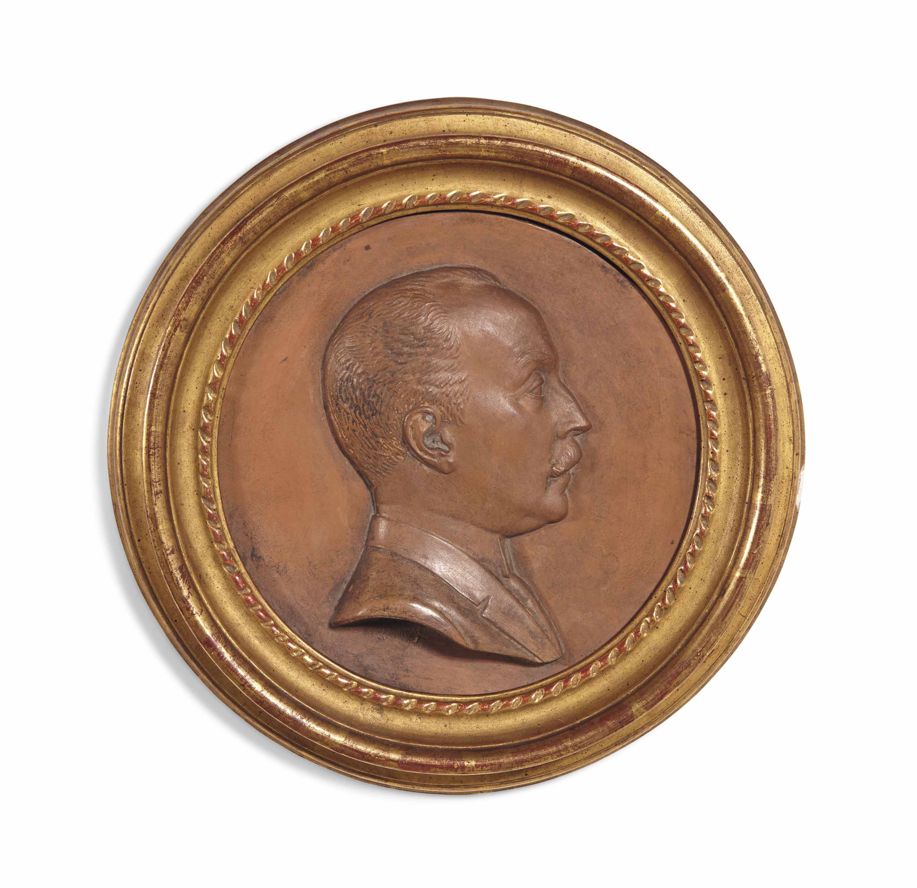 MÉDAILLON EN TERRE CUITE REPRÉSENTANT LE MARQUIS BONI DE CASTELLANE (1867-1932)