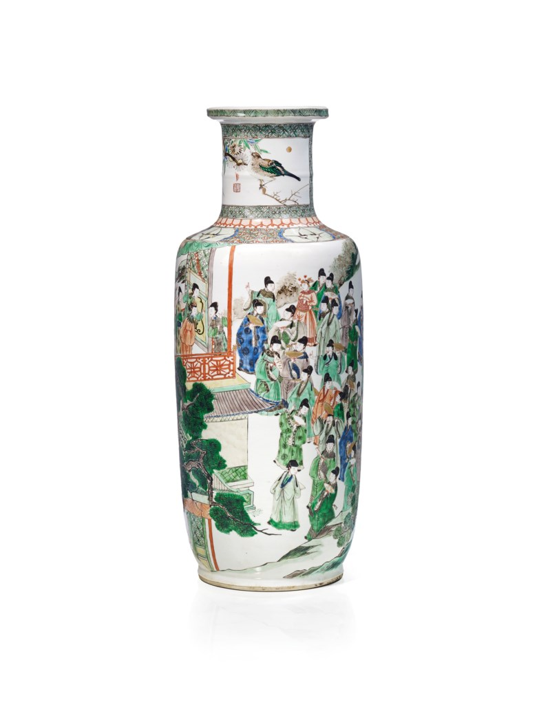 Porcelain rouleau famille verte vase, China, Qing dynasty, Kangxi period (1662-1722). Height 44  cm (17 ¼  in). Estimate €30,000-50,000. This lot is offered in Art dAsie on 13 December 2017  at Christie's in Paris