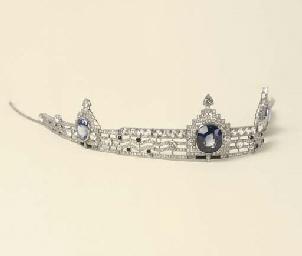 Tiara belle epoque in platino con diamanti zaffiri for Tiara di diamanti