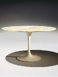 Eero saarinen pour knoll international 39 tulip 39 table - Table basse laquee beige ...