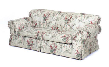 A contemporary chintz upholstered sofa christie 39 s for Chintz couch