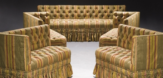 suite de quatre banquettes d 39 angle et une banquette de style napoleon iii christie 39 s. Black Bedroom Furniture Sets. Home Design Ideas