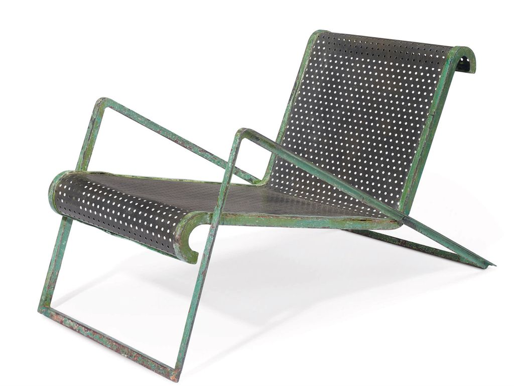 Jean royere 1902 1981 a painted perforated and tubular - Chaise longue aluminium ...