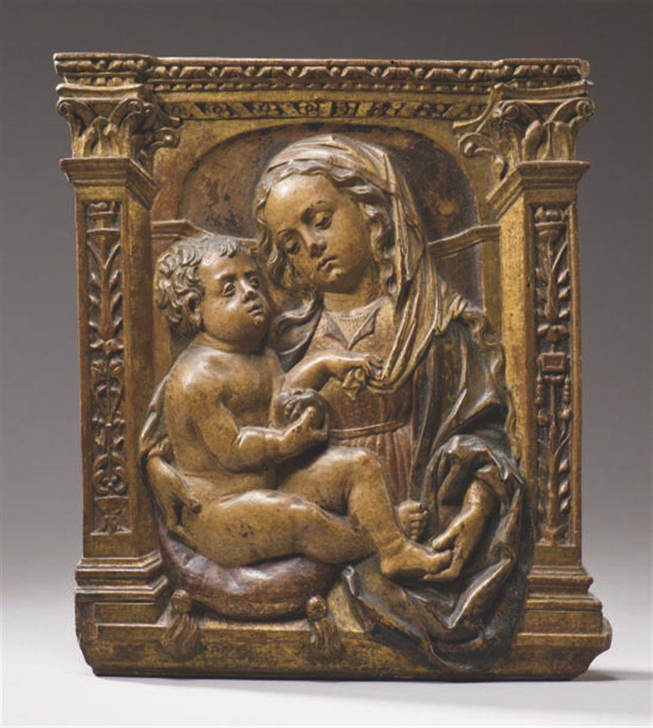 Tableau Bois Sculpté Relief - BAS RELIEF EN BOIS SCULPTE ET PEINT POLYCHROME REPRESENTANT LA VIERGE ET L'ENFANT , ITALIE