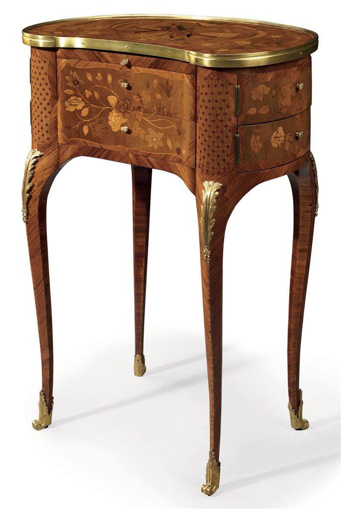 rare table henri ii très sculptée