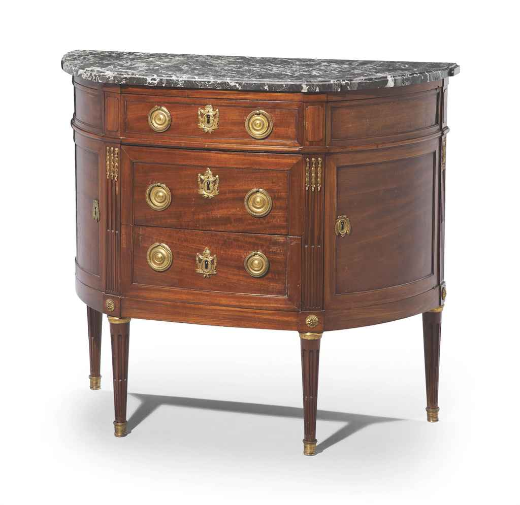commode demi lune d 39 epoque louis xvi troisieme quart du xviiieme siecle christie 39 s. Black Bedroom Furniture Sets. Home Design Ideas