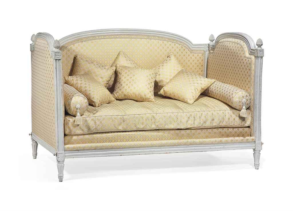 lit d 39 alcove d 39 epoque louis xvi dernier quart du xviiieme siecle christie 39 s. Black Bedroom Furniture Sets. Home Design Ideas