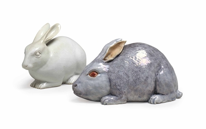 Two Chinese Export Porcelain Rabbits 18th 19th Century