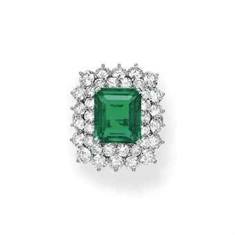 AN EMERALD AND DIAMOND RING, BY TIFFANY & CO.