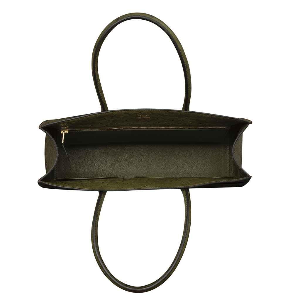 a vert foret ostrich whitebus mm bag with gold hardware hermes 2006 d5844135 004g.jpg de347991fbfef