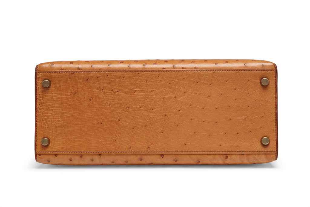 sac kelly sellier 28 en cuir d 39 autruche cognac garniture. Black Bedroom Furniture Sets. Home Design Ideas