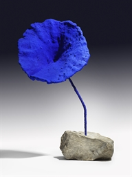 yves klein 1928 1962 sculpture ponge bleue sans titre se 284 christie 39 s. Black Bedroom Furniture Sets. Home Design Ideas