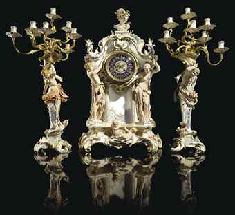 A MONUMENTAL ORMOLU-MOUNTED BE