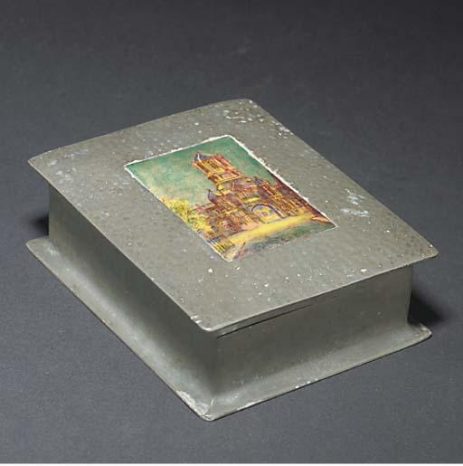 A flintlock box-lock blunderbu