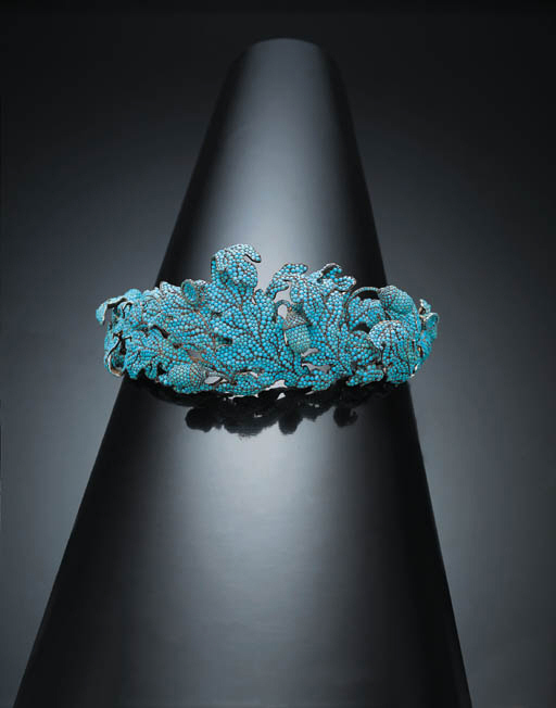 AN UNUSUAL ANTIQUE TURQUOISE D
