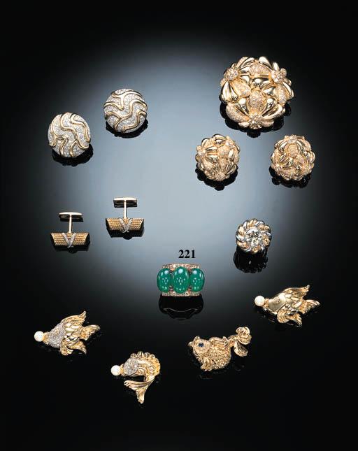 A CHRYSOPRASE, DIAMOND AND SAP