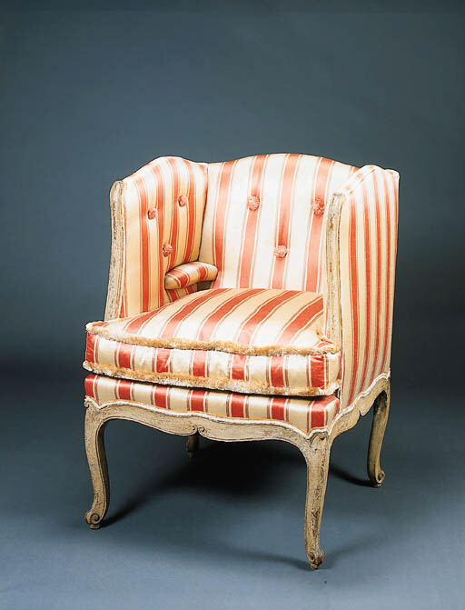 AN ITALIAN ROCOCO GREY-PAINTED BERGERE