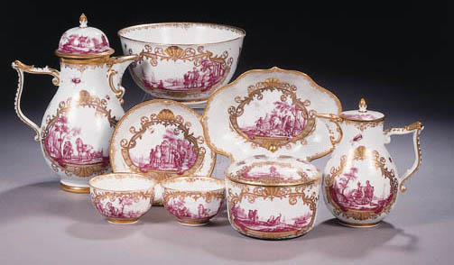 A MEISSEN PORCELAIN GILT PURPU