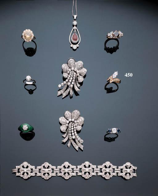 A MARQUISE-CUT DIAMOND RING
