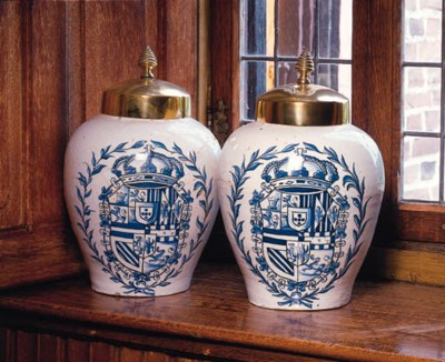 a pair of large dutch delft bl