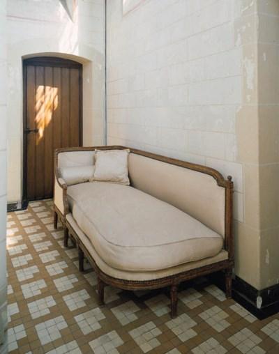 a french giltwood chaise-longu