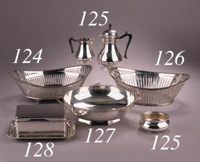 A Dutch three-piece silver moc