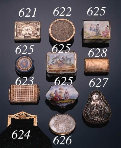 A Swiss gold snuff box