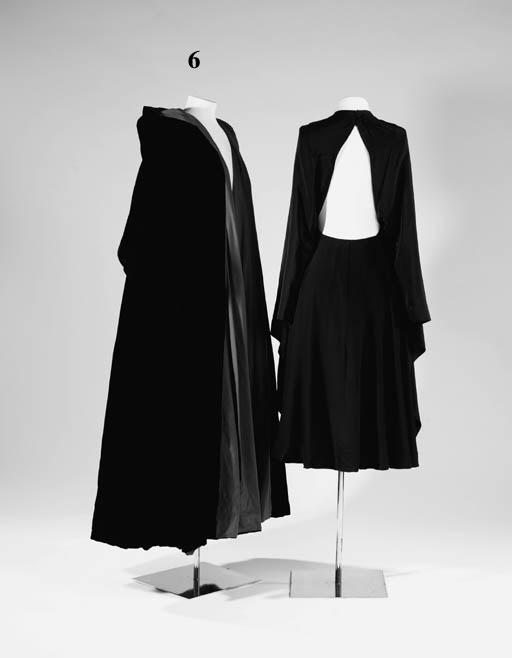 A long black velvet evening co