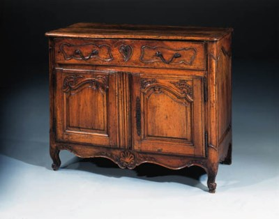 A French provincial walnut buf