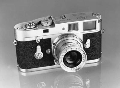 Leica M2 no. 1013892