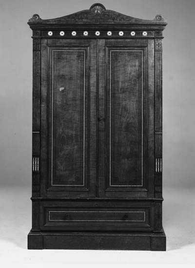 AN EDWARDIAN HAREWOOD AND POLY