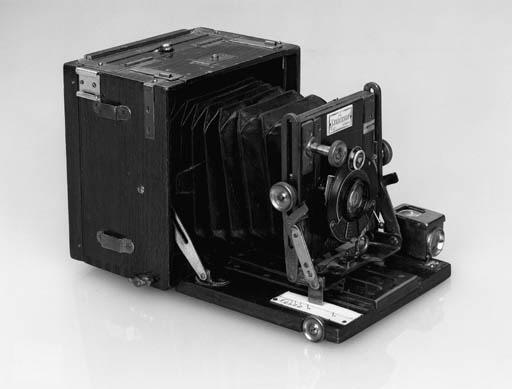 Sanderson tropical hand camera