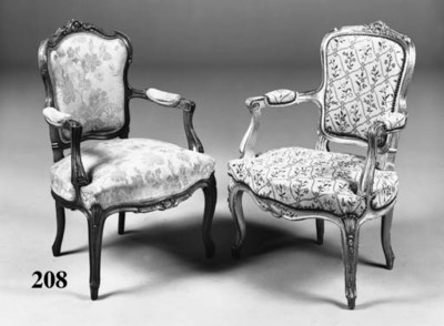 A Louis XV style giltwood faut