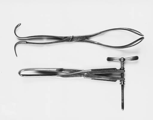 A pair of DuBois pattern obstetric forceps,