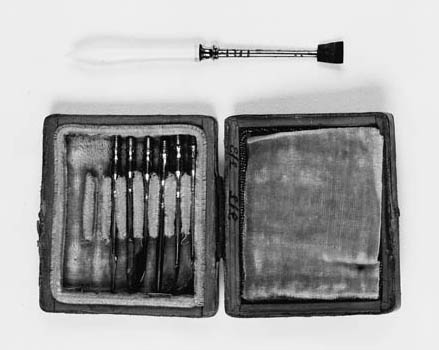 A 19th-Century portable dental
