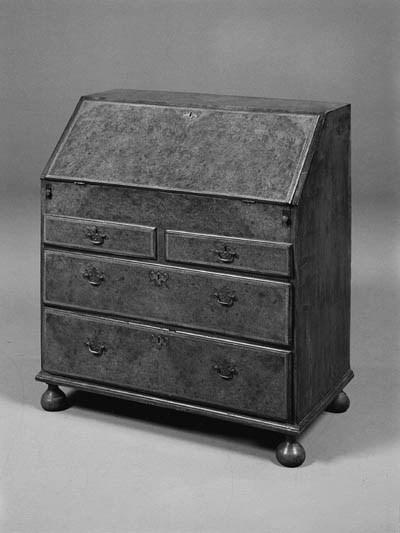 An oak and amboyna bureau