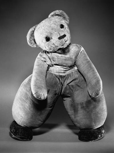A MERRYTHOUGHT DUTCH TEDDY